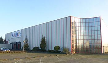 ALPHA PACKAGING ACQUIRES DUTCH PLANT FROM GRAHAM PACKAGING COMPANY, TARGETS EUROPEAN EXPANSION