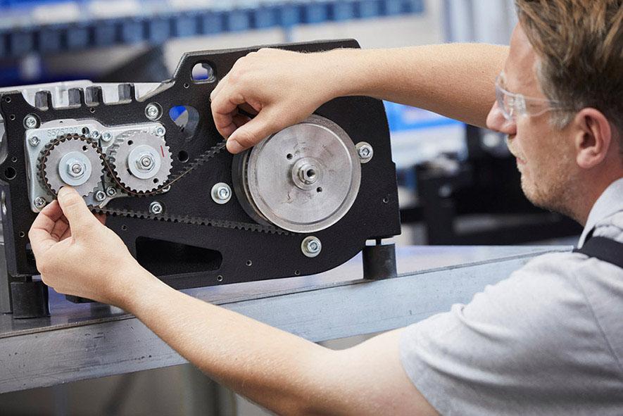 Leybold offers online sound checks for vacuum pumps sound.leybold.com – the intelligent service planning tool